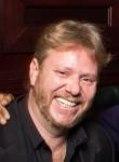 James, 43, Beaufort-en-Vallee