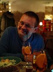 Konstantin, 23, Russia, Novotroitsk