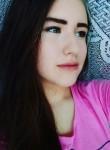Alina, 22  , Kusa