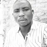 Ousmane, 25  , N Djamena