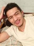 Jonukov, 18, Bishkek