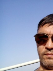 Rom, 43, Russia, Vladivostok