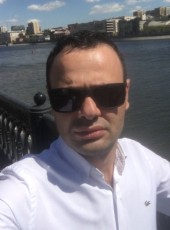 lev , 32, Russia, Moscow