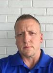 Wade, 35  , Greenville (State of South Carolina)