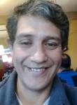 Óscar , 45  , Buenos Aires