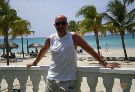 Alberto, 49 - Miscellaneous