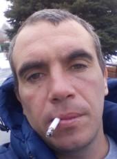 Sergey, 37, Belarus, Svyetlahorsk