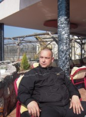 Lazar, 46, Serbia, Cacak