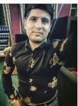 Ulvi, 25  , Binagadi