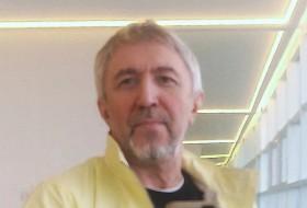 Yuriy, 53 - Just Me