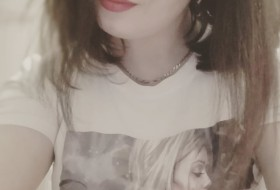 Gulya , 32 - Just Me