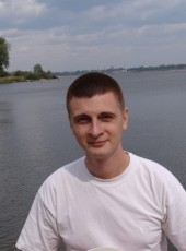 Sergey, 32, Russia, Cheboksary