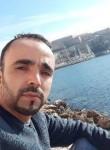 Simo, 29  , Marseille