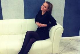 Elya, 33 - Just Me