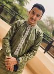Ahmed, 23, Rabat