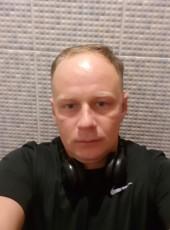 Vitaliy, 35, Russia, Yalta