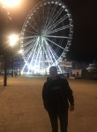 Roman, 21  , Marseille