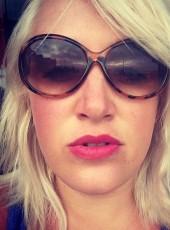 Karen, 32, Canada, Quebec City