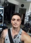 Iuri, 30  , Budapest