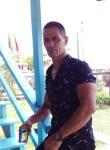 Lazaro velez, 42, Georgetown