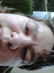 Caroline, 34  , Poperinge