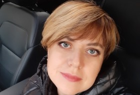 Anna, 44 - Just Me
