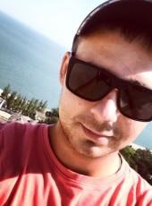 Andrey, 27, Russia, Varenikovskaya