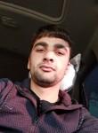 Denis, 23  , Yerevan