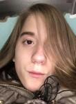 Chloe, 19  , Valparaiso