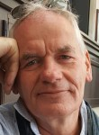 Claus, 60  , Berlin