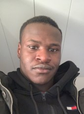 Djibril, 21, France, Rennes