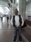 Valentin, 43  , Brest