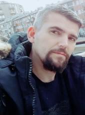Perparim, 35, Kosovo, Prizren