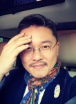 Desmond Lee, 51  , Grand Dakar