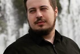 Mikhail, 25 - Just Me