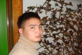 Ulan, 34 - Just Me