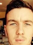 Matthias, 25  , Plerin