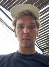 Denis, 27, Indonesia, Denpasar