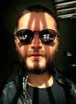 Viktor, 32, Moscow