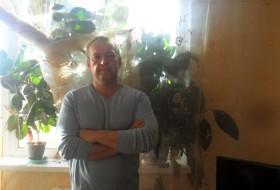 Aleks, 50 - Just Me