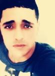 Fi Ràs, 18, Tunis