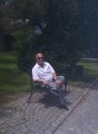 Iuli, 55  , Prague