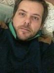Daniele, 36, Turin