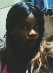 Berenice, 25  , Douala