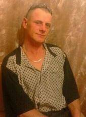 Aleksandr, 41, Russia, Artem