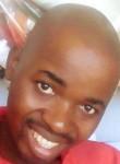 Aniclêncio, 36  , Maputo