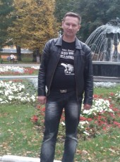 Konstantin, 47, Russia, Luga