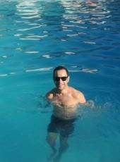 Johnny, 30, Romania, Vasilati