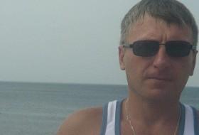 Anatoliy, 48 - Just Me