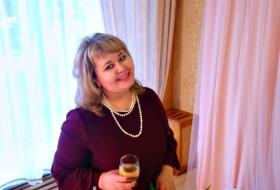 Elen, 39 - Just Me